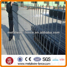 Double Wire galvanized fencing with post and connecting